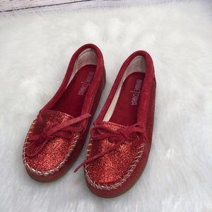 Minnetonka Girl's Red Moccasins | Size 3